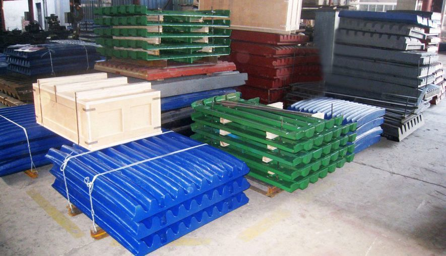 подвижные дробящие плиты на складе DRB
